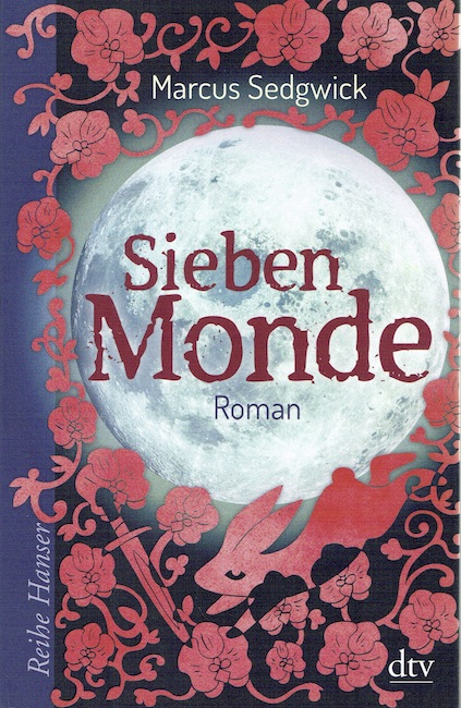 German cover of Midwinterblood with a full moon surrounded by flowers, a dagger and a hare.